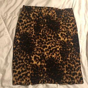 LuLaRoe XL Leopard Cheetah Cassie